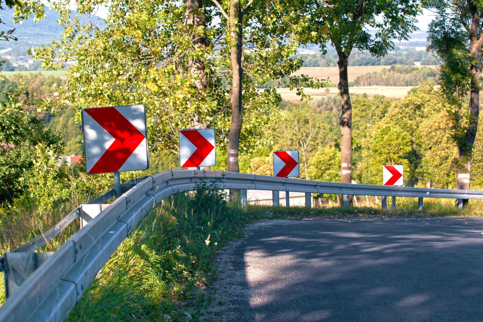 arrow-roadsigns