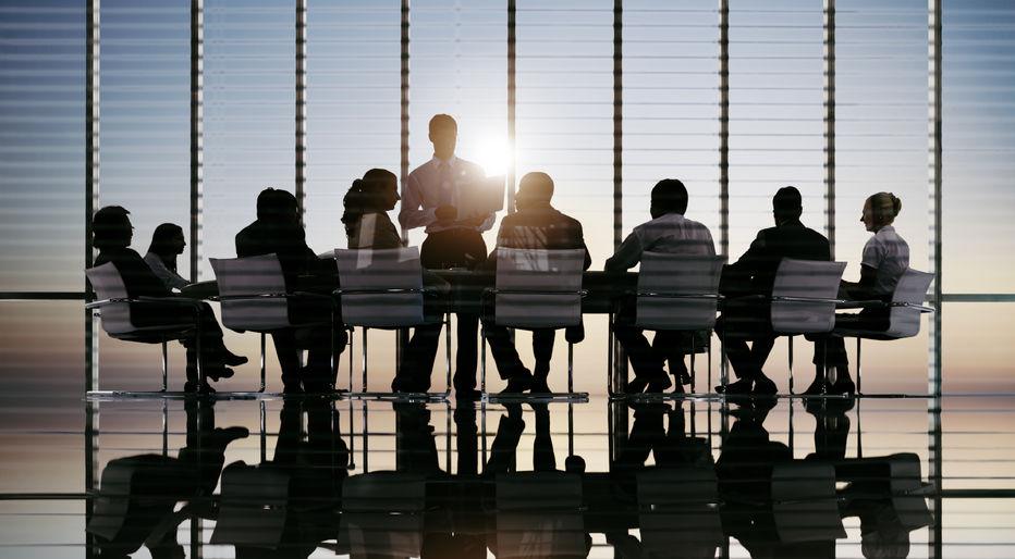 business-team-meeting-Dean-Becker