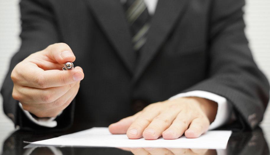 businessman-pen