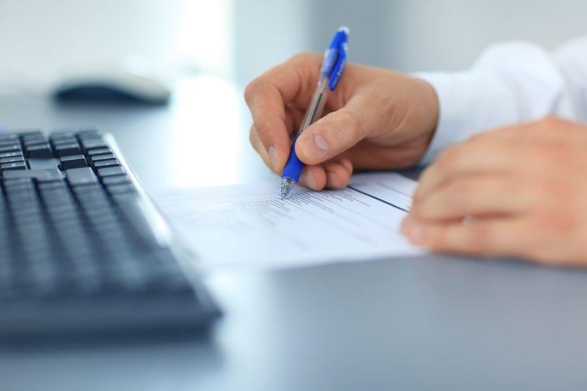 businessman-writing