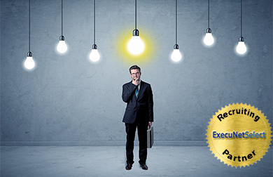 execunetselect-man-under-lightbulgs