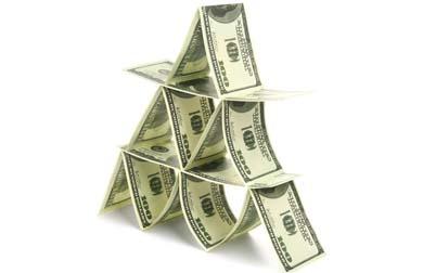 pymarid-one-hundred-dollar-bills
