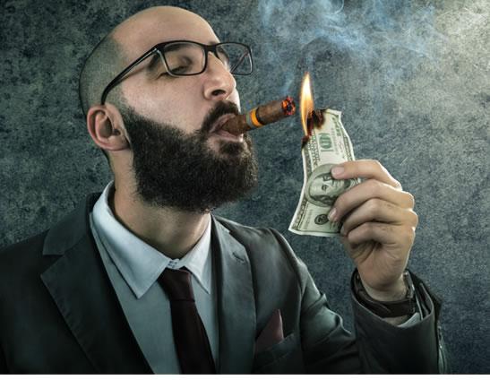 smoker-burning-cash