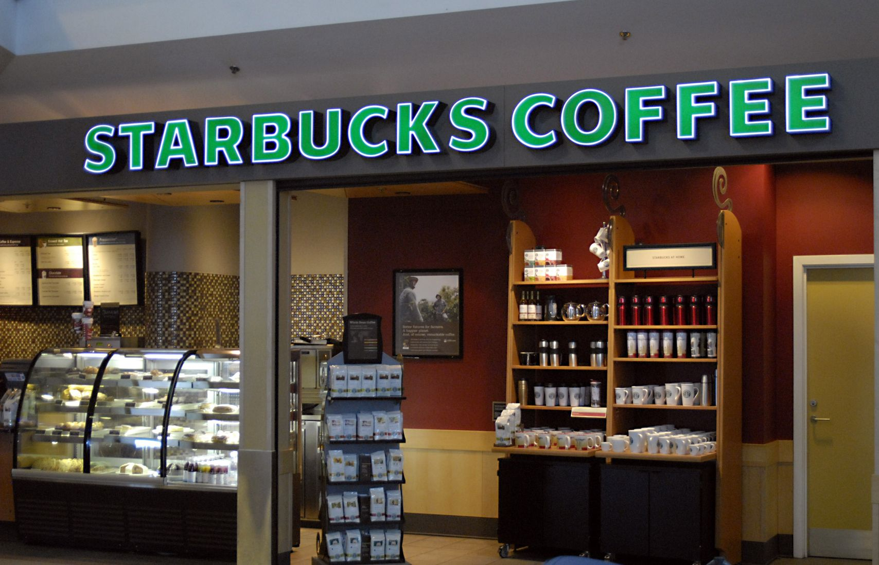 an executive summary of starbucks coffee company in north america