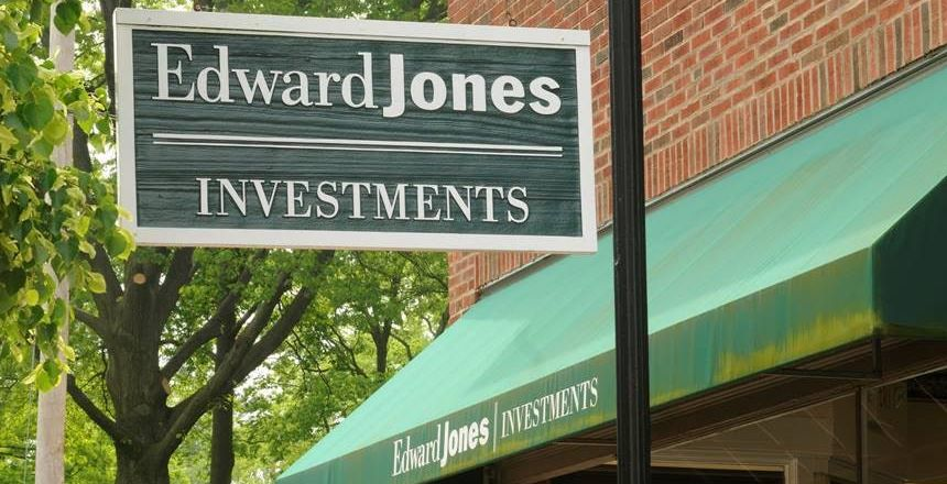 industry analysis of edward jones Swot analysis team 3 october 24, 2012 company overview edward d jones & co, lp is a retail investment firm providing brokerage and dealer services the company operates in the us and canada.