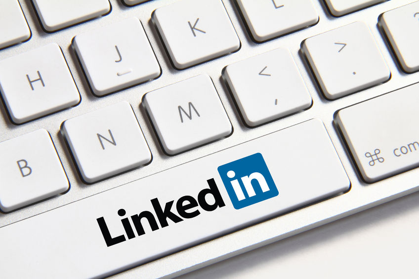linkedin-icon-on-keyboard